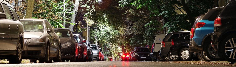 Parkende Fahrzeuge